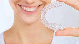 como fazer moldeira para clareamento dental